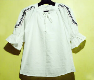 White-Boho-Top-With-Embroidered-Sleeves