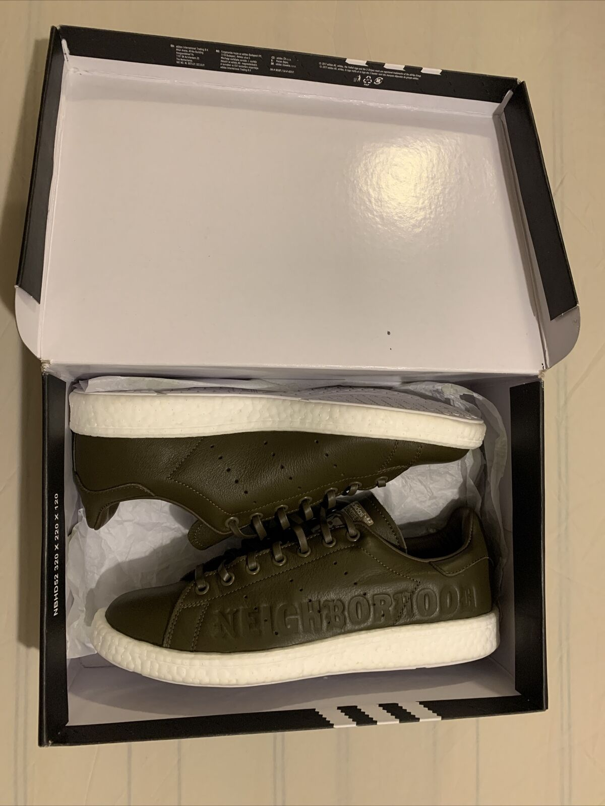 Mens Adidas Stan Smith Boost Neighbourhood trainers shoes Olive UK size 9.5