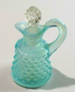 Vintage-Fenton-Blue-Glass-Hobnail-Oil-Cruet-With-Clear-Glass-Hobnail-Stopper