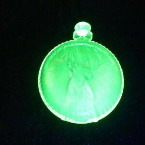 Stopwatch-with-Buck-Deer-YELLOW-VASELINE-GLASS-Summit-Art-Glass
