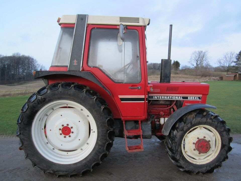 Case / International / IH, 685 XL, timer 6160
