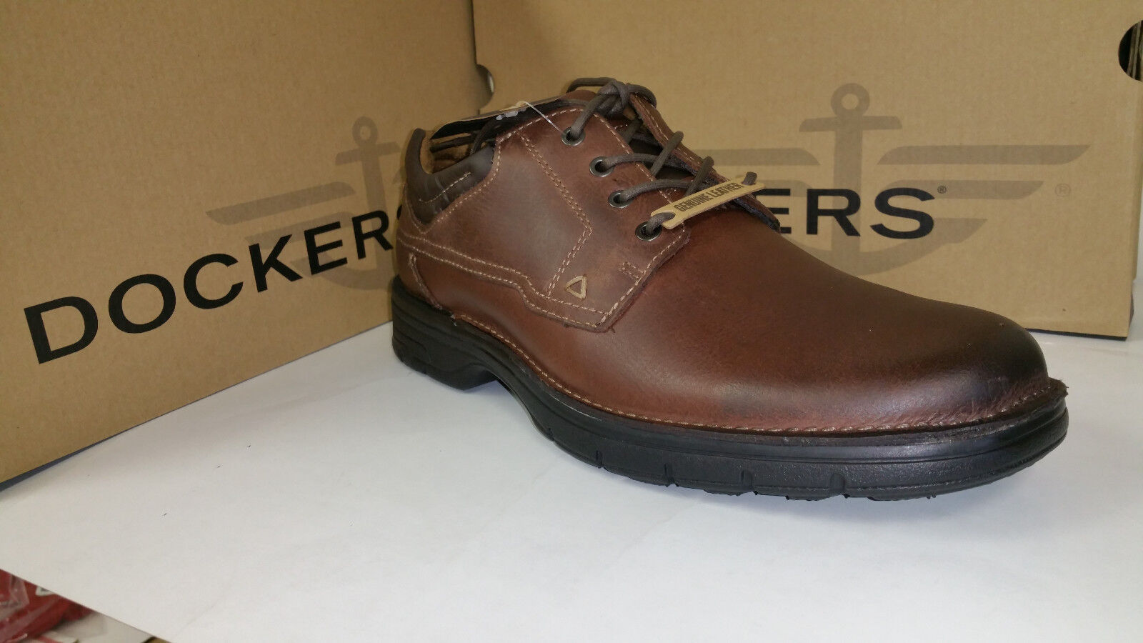 Dockers Howell Light Weight Red Brown Leather Casual Shoes size 9.5-12