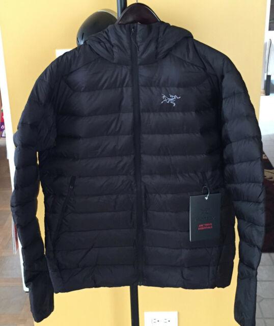 Arc'teryx Cerium LT Hoodie Jacket - Men's – Size Large