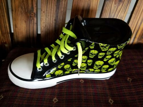 "'SKULLS' on ""CONVERSE ALLSTAR HITOP"" TYPE SNEAKERS"" BANK FREE SHIPPING!"