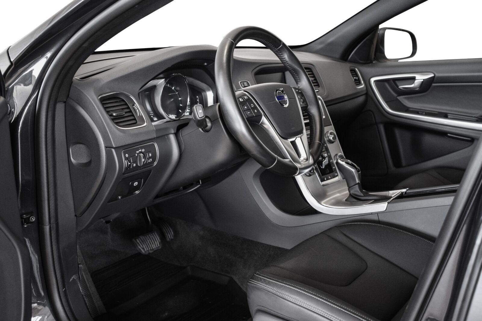 Volvo V60 2,0 D4 190 Momentum - billede 8