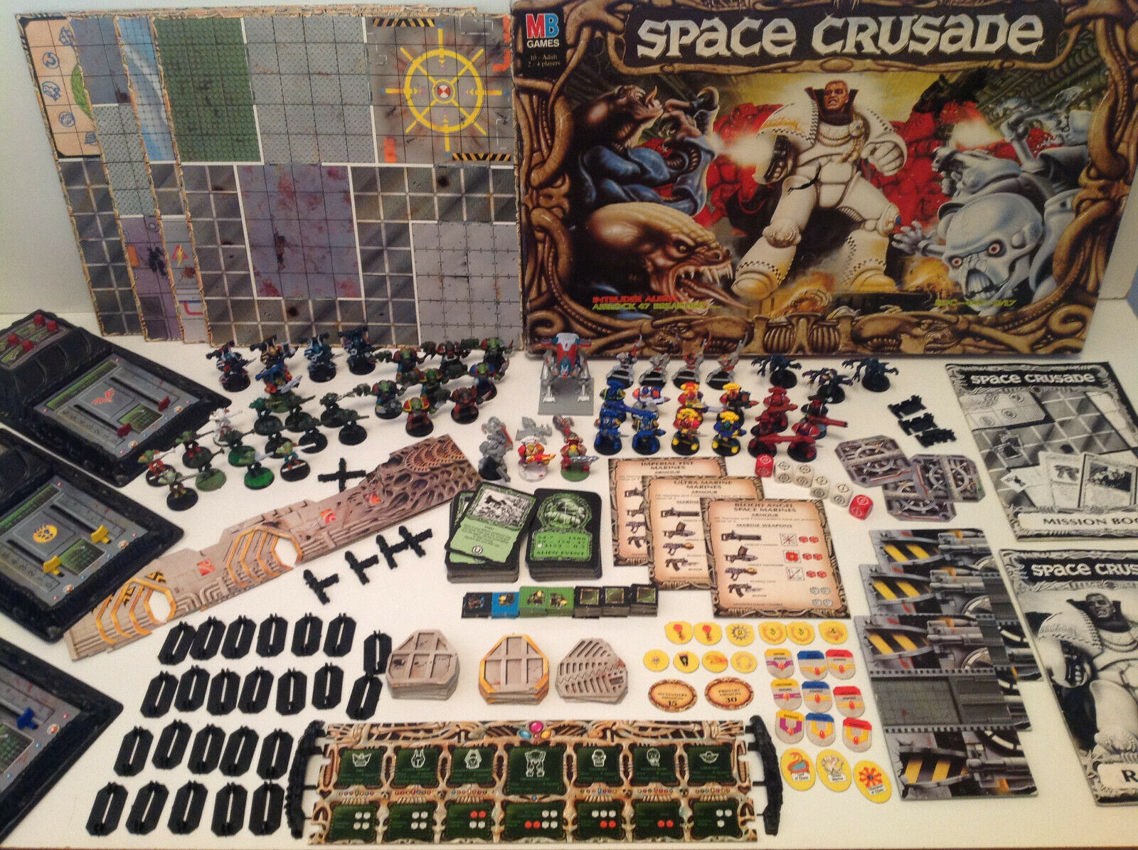 SPACE CRUSADE WITH RULES & MISSION BOOKLET SOME PAINTED FIGURES