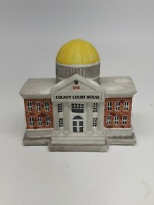 Christmas-ceramic-American-Landmarks-Collection-County-Court-House-RETAILER
