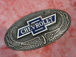 Original-1928-CHEVROLET-RADIATOR-EMBLEM-WITH-BASE-GM-chevy-hot-rat-rod-lowrider