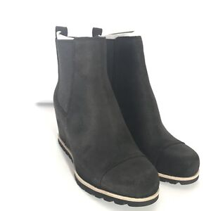 244269f4fc05 UGG Women s W Pax Fashion Boot Size 10 Black new with box USPS ...