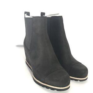 UGG Women's W Pax Fashion Boot Size 11
