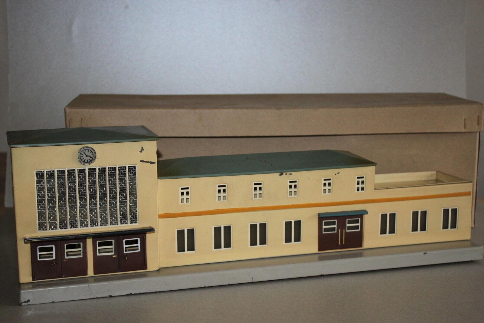 Märklin 419.1 Großstadtbahnhof Blech Spur H0 OVP