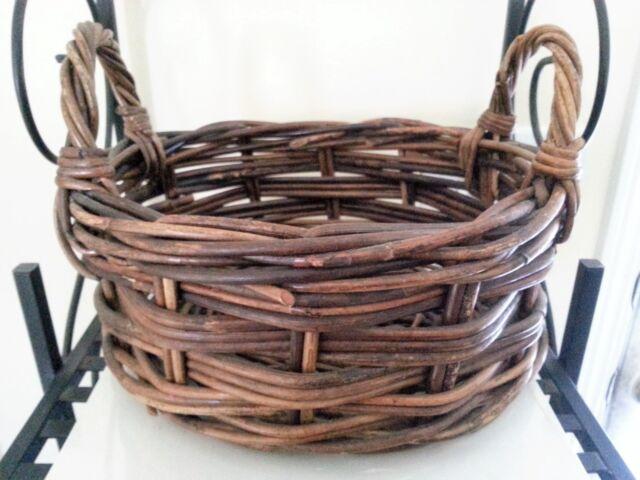 WONDERFUL Shallow Dark Brown Oval Basket 2 handles