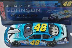 1-24-Jimmie-Johnson-48-Lowe-039-s-SeaWorld-2006-NASCAR-Diecast-Car-Shamu