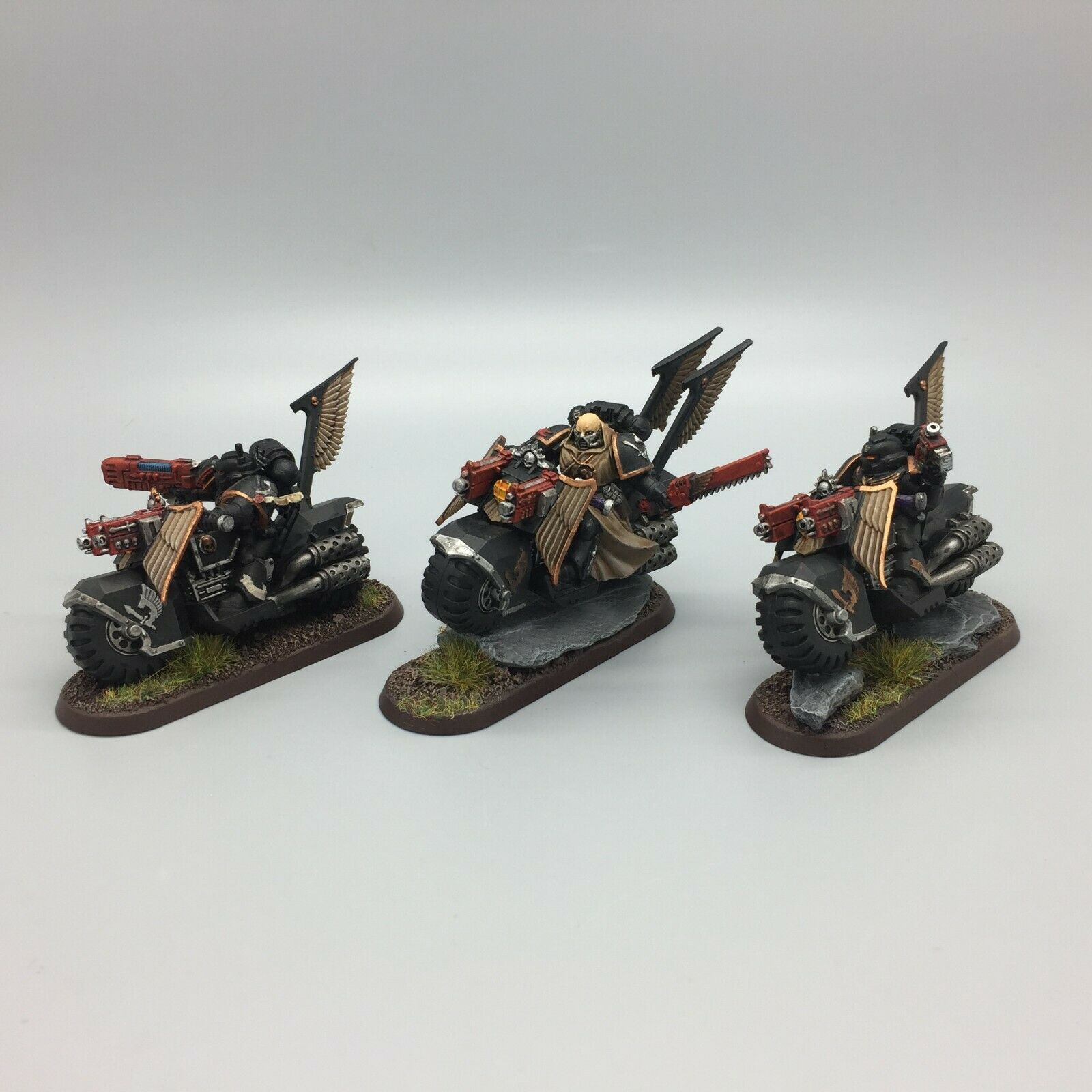 WARHAMMER 40,000 SPACE MARINES DARK ANGELS RAVENWING BIKE SQUADRON PAINTED SQUAD