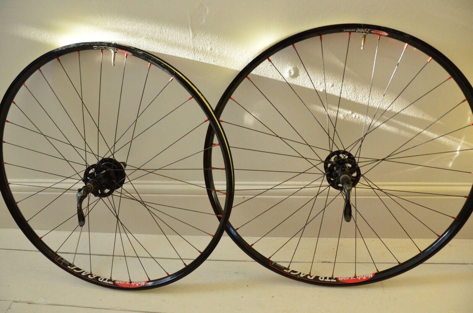 26  Wheels Pair American Classic hubs No tubes ZTR Race Disc Rim 32h Tubeless QR