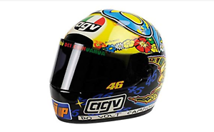 1 2 AGV Valentino Rossi 1999 1 2 • Minichamps 327990046
