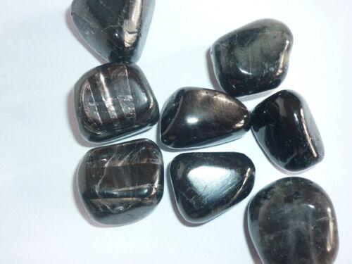 cristalloterapia IPERSTENE PIETRA DELLE RISPOSTE energia catalizzatore roccia