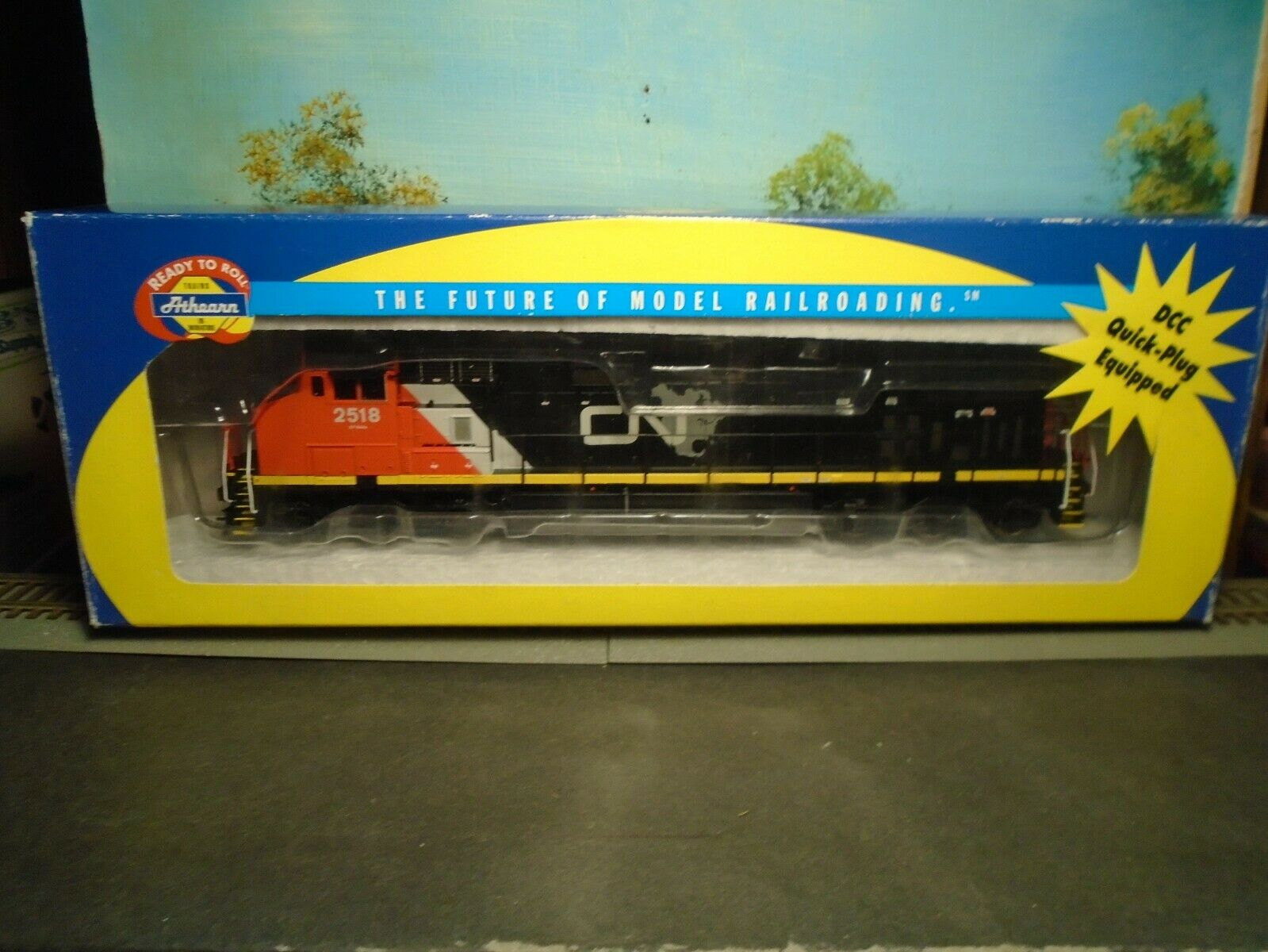 ATHEARN RTR HO SCALE  79883 CANADIAN NATIONAL  2518