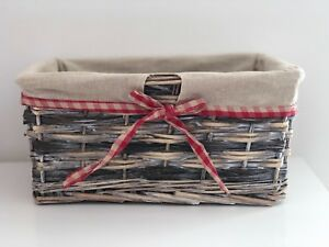 Natural-Wicker-Fabric-Lined-Storage-Baskets-Bedroom-Bathroom-Lounge-Gift-Hamper