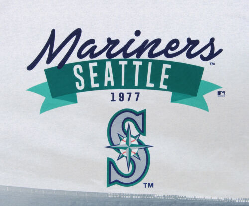 Forever Collectibles MLB Men/'s Seattle Mariners Outfield Photo Tee