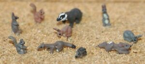10-Unpainted-Wild-animals-OO-HO-Scale-Unpainted-Langley-F146