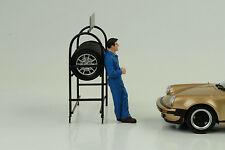 Mechaniker Larry taking break Figur Figuren 1:24 American Diorama no car
