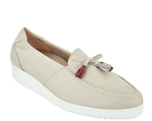 Women's Comfort Shoes Vitaform Leather Low Wedge Loafers with Tassel 6.5