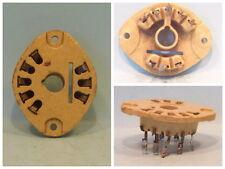 8 Pol. Röhrensockel / Fassung aus Keramik für z.B. die AZ11, EL12. LgNr. F1884