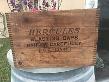 Vintage HERCULES  BLASTING CAPS ICC-15A 45 Dovetail Wood Crate WILMINGTON DE