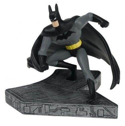 Monogramm - statue batman animierter comics