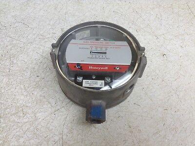 Honeywell C437H 1027 Gas//Air Pressure Gauge