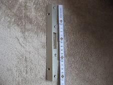 Winkel Schließblech 210 mm  20 x 20 x 3 mm für Einriegel - & Stangenschlösser