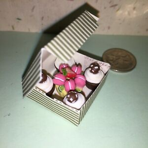 DOLLHOUSE-Mini-Food-PINK-MACAROON-4-CHOCOLATE-CUPCAKES-in-BOX-BARBIE-PARTY