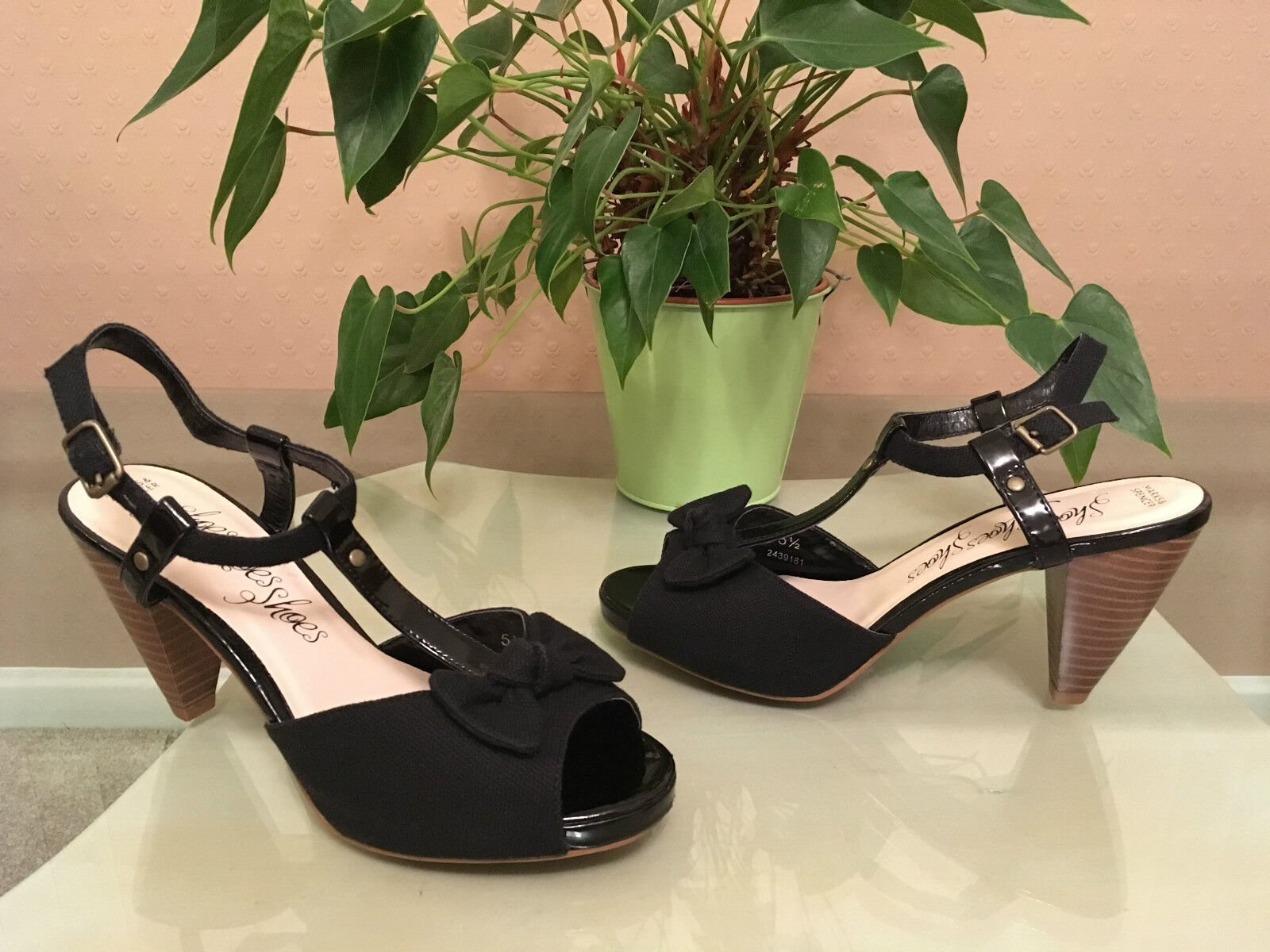 Ladies Marks & Spencer black canvas/patent t-bar ankle strap shoe UK 5.5 EU 38.5