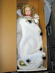 Vintage-Porcelain-GOOD-KRUGER-Shirley-Temple-Doll-Strasburg-PA-Queen-White-Dress