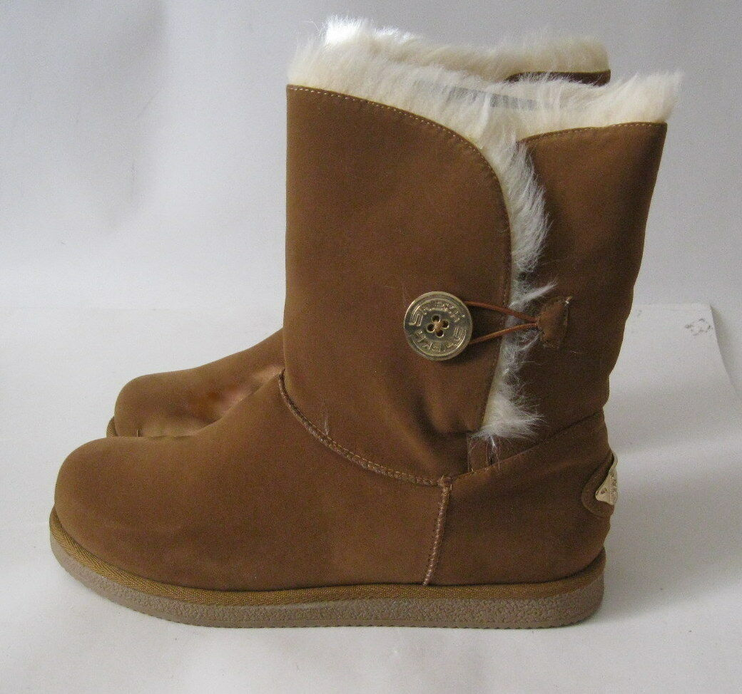 Chestnut Winter Comfortable Flat Ankle Boot Fur Inside gold Button Size 6.5