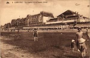CPA-Cabourg-Le-Casino-et-le-Grand-Hotel-515879