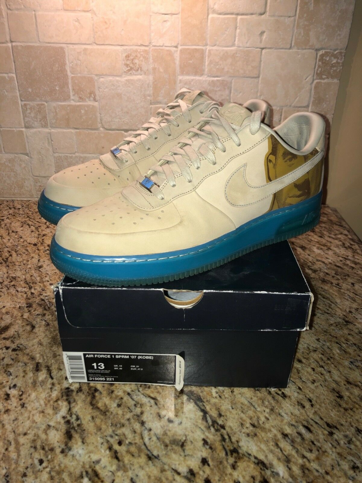 Nike Air Force 1 Supreme Kobe mens size 13