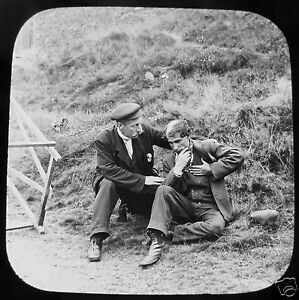 Glass-Magic-lantern-slide-FALLEN-BY-THE-WAY-NO2-PUNCH-AND-JUDY-C1890-VICTORIAN