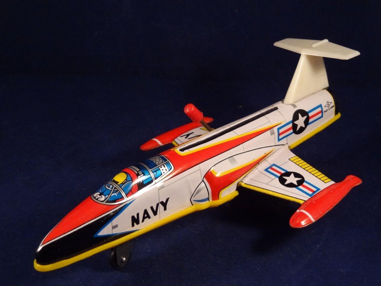 Ancien jouet tôle avion de chasse combat NAVY Femmeivelle Japan années 60 | En Gros