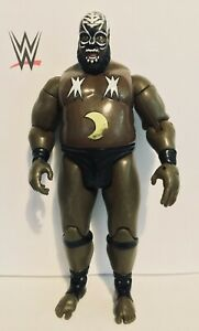WWE-KAMALA-WRESTLING-FIGURE-CLASSIC-SUPERSTARS-SERIES-9-JAKKS-2006