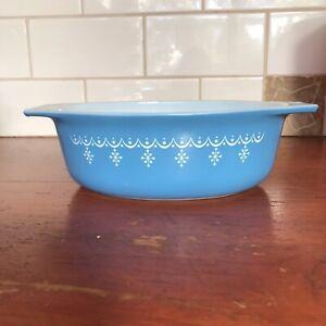Vintage 70s Pyrex Snowflake Blue (Garland) Casserole Dish 1 1/2 Qt 043 (No Lid)