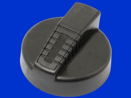 3697463M1 * 1695732M1 Tankdeckel  für Massey Ferguson Trecker der 300 Serie