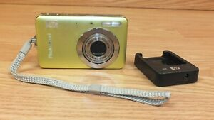 Genuine HP Photosmart (R742) Green Digital Camera With 3x Optical Zoom *READ*
