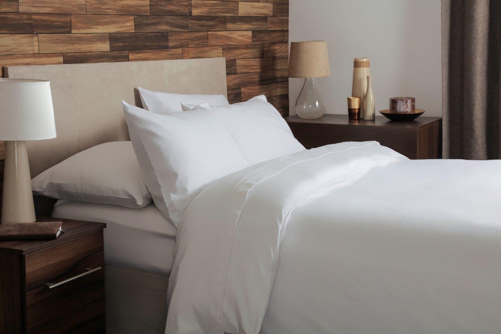 Belledorm 100% Brushed Cotton Flanelette Bed Linen In Weiß All Größes 175gsm