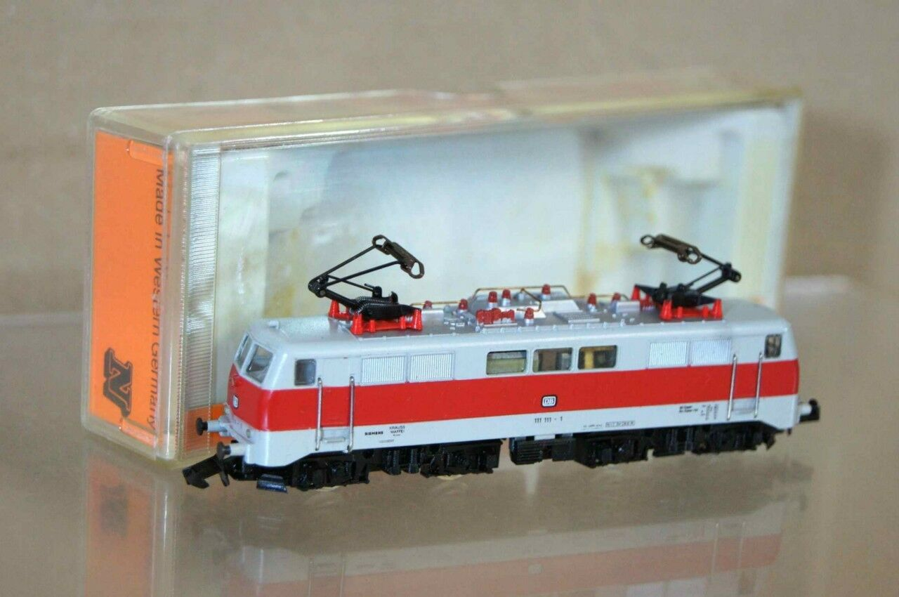 ARNOLD 2326 N SCALE DB CLASS 111 E-LOK LOCO 111 111-1 MINT BOXED oy