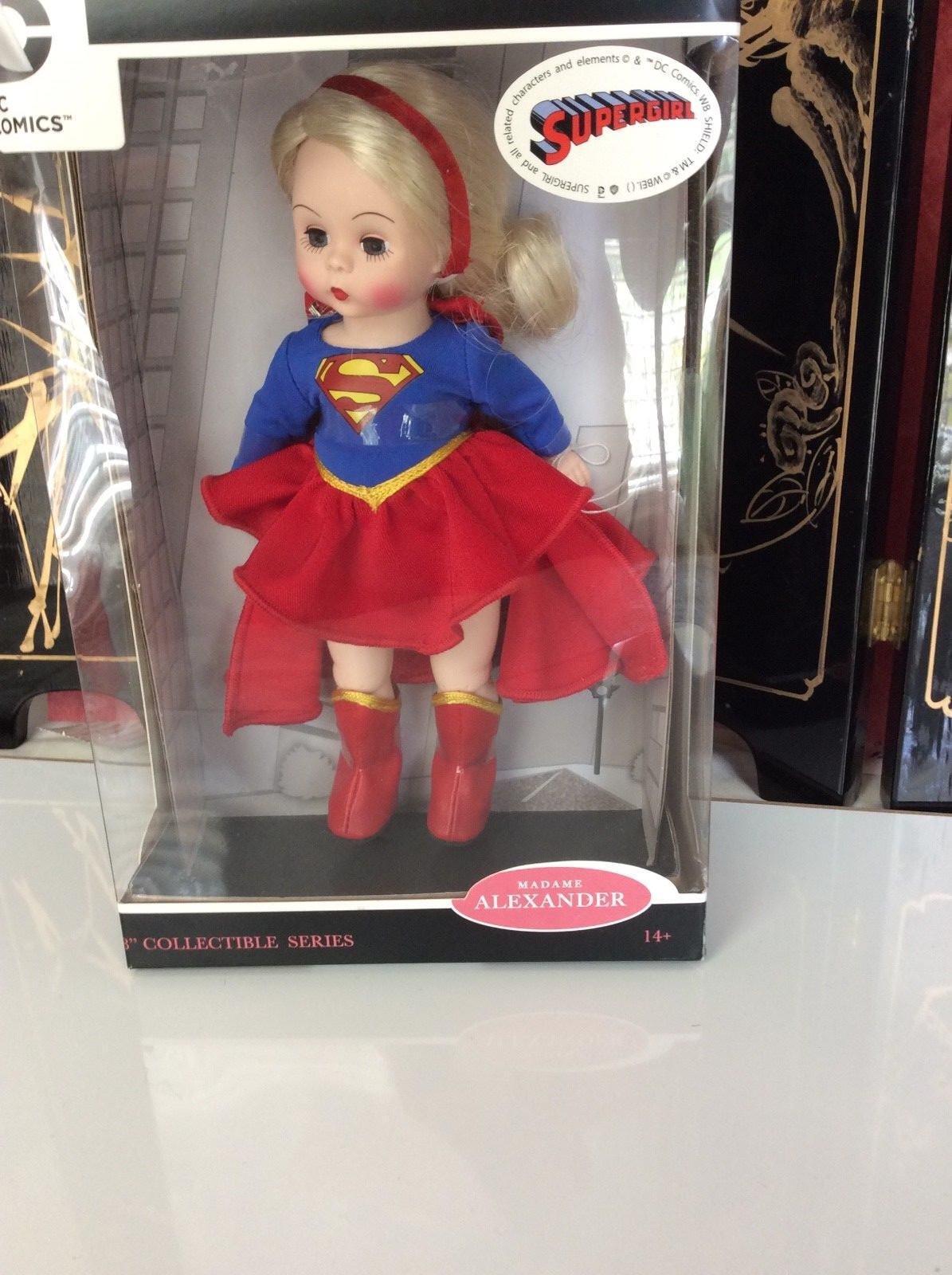 Madame Alexander D C Comics Super Girl Muñeca de 8  Nuevo En Caja