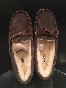 5494caa3fb6 Details about NWOB Womens UGG Dakota Slipper Moccasin Leather Sheepskin  Rubber Chocolate 7