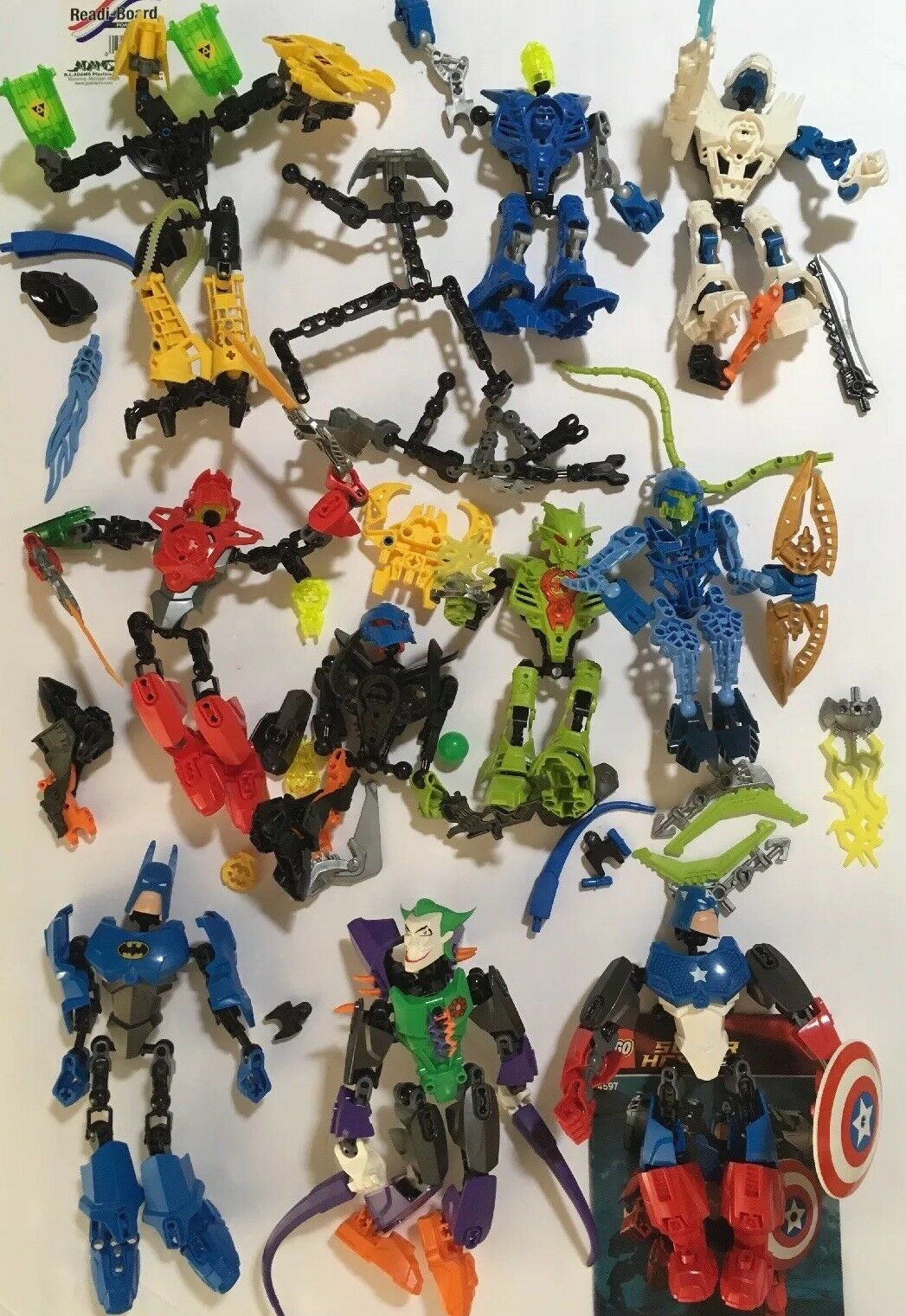 Mixed Lot Of Super Heroes Marvel Bionicle LEGO Action Figures And Parts