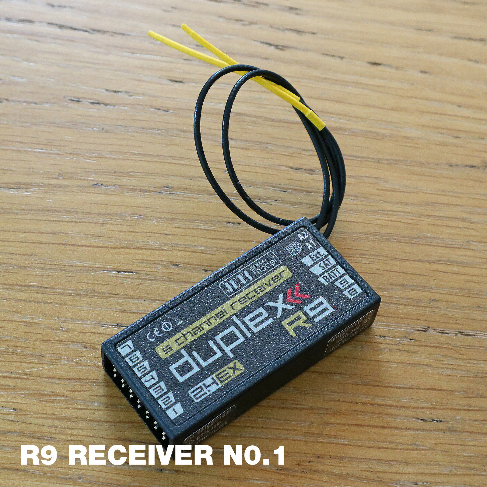Jeti Duplex - 3 x R9 Receivers, Channel Expanders, MVario Module